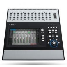 QSC TouchMix-30 Pro Mixer digitale professionale 32 canali