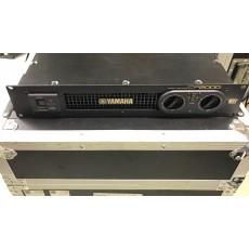 YAMAHA CP2000  Amplificatore di potenza
